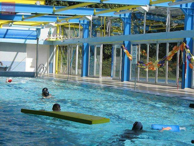 Thouars des apprentis ma tres nageurs dans le grand bain for Piscine thouars