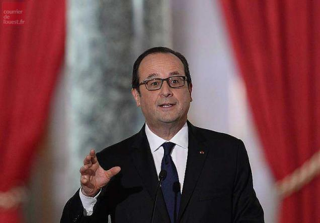 French president Francois Hollande answers journalists during a press conference, on February 5, 2015 at the Elysee palace in Paris. AFP PHOTO / ALAIN JOCARD