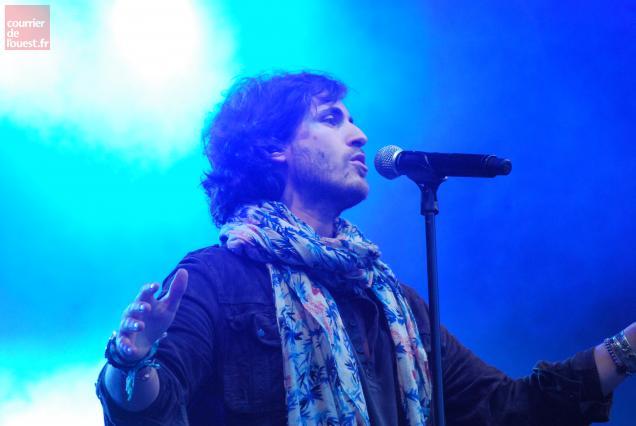 """L'auteur et interprète de """"Ma scandaleuse"""" était en concert jeudi 12 juillet au parc du Vissoir."""