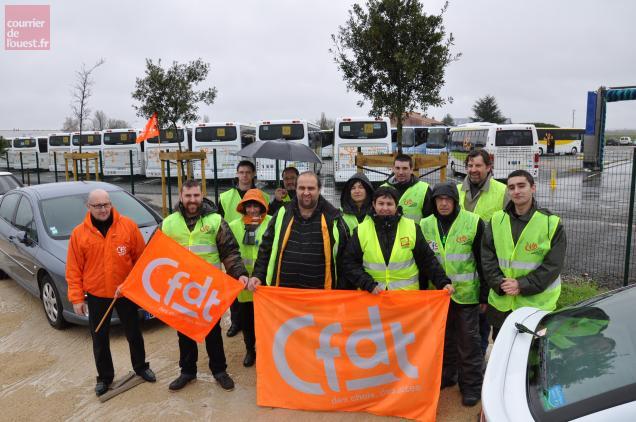 13 conducteurs (sur 32) sont en grève chez Véolia tranports à Niort.