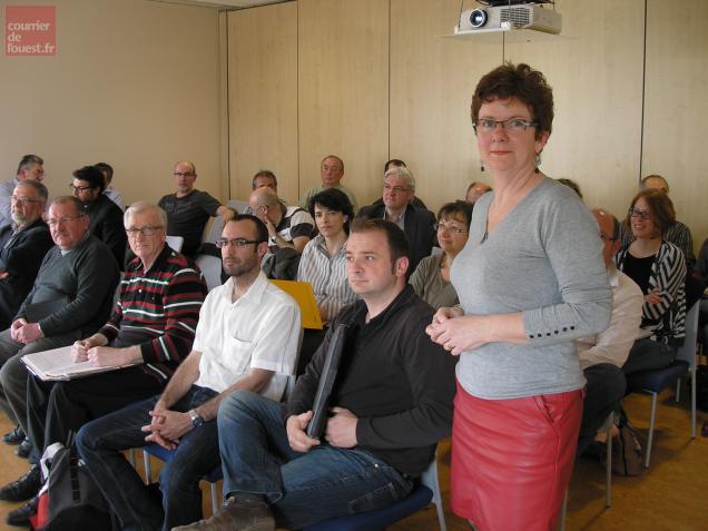 Pascale Marteau, présidente de la Capeb, au début de cette réunion d'information et de sensibilisatoin.