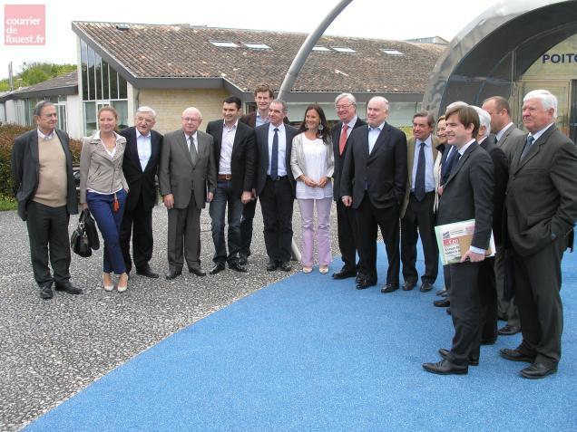 Les cadres de l'UMP régionale réunis ce lundi matin à l'aire Poitou-Charentes.