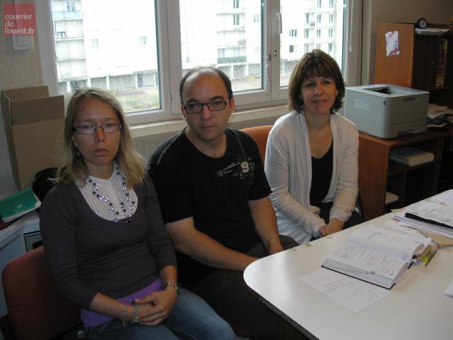 Laure Crublé, avec Emmanuel Jos et Isabelle Boutiller, de la CFDT.