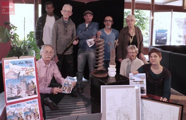 Les Saumurois sont invités à participer aux côtés des artistes.