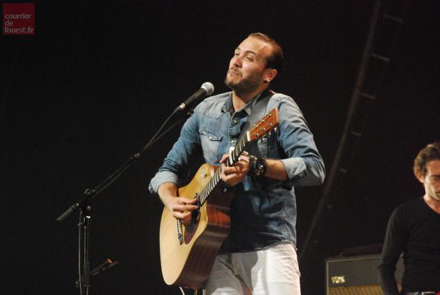 Merwan Rim était en concert jeudi à Trélazé, dans le cadre du Festival Estival.