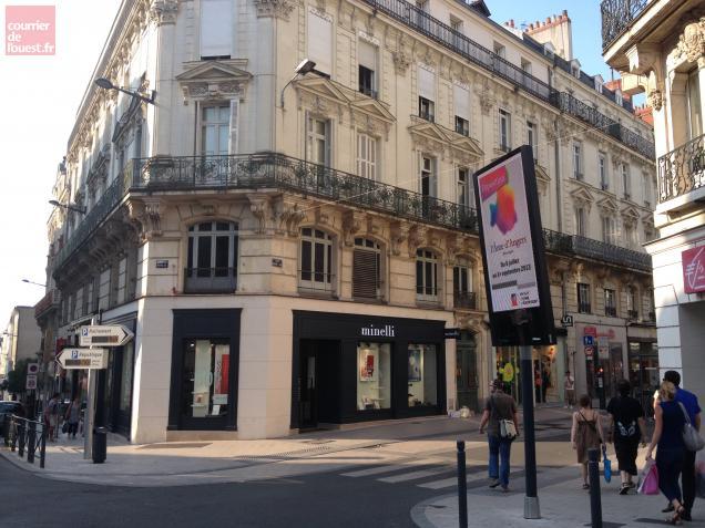 Cet petit écran positionné au carrefour Rameau fait partie de ceux qui sont en infraction