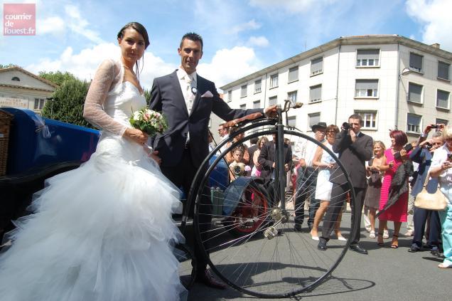 La roue avant du grand bi dépasse un mètre de diamètre. Photo CO