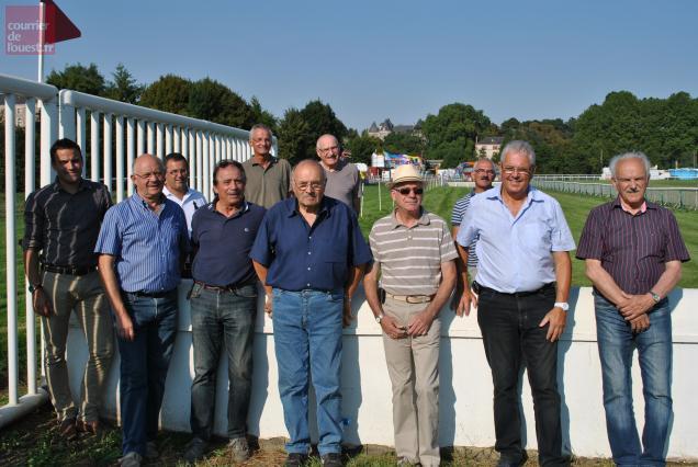 Le comité organisateur des courses a pu vérifier la belle qualité de l'hippodrome de la Prée.