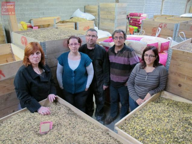 A Linières-Bouton, la famille Paye travaille pour l'alimentation animale depuis quatre générations.