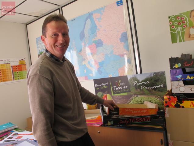 Jean-Bernard Moreau, dirigeant de l'entreprise Jacky Tessier agrandit ses locaux.