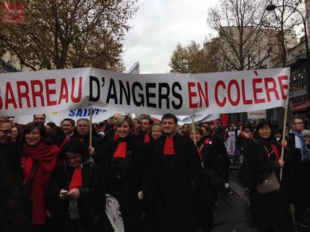 Angers. Forte mobilisation des avocats aux manifestations contre les lois Macron