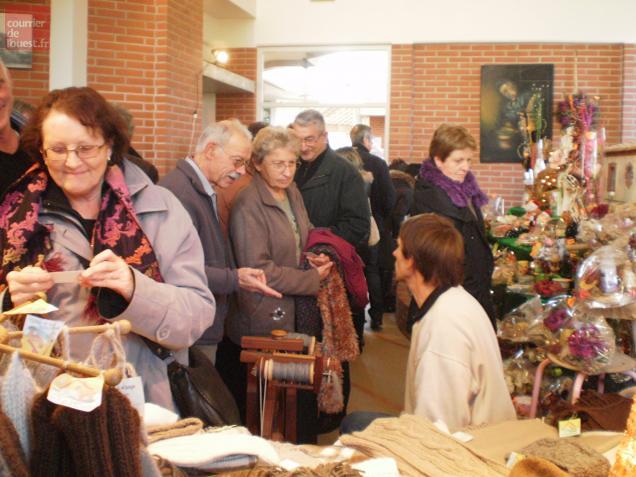 Le Fuilet. Le marché de Noël du Village Potier