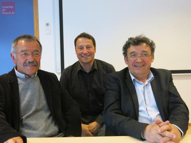 Alain Bibard aux côtés du directeur Alain Robin et de l'ex-président, Pierre-Yves Marolleau.