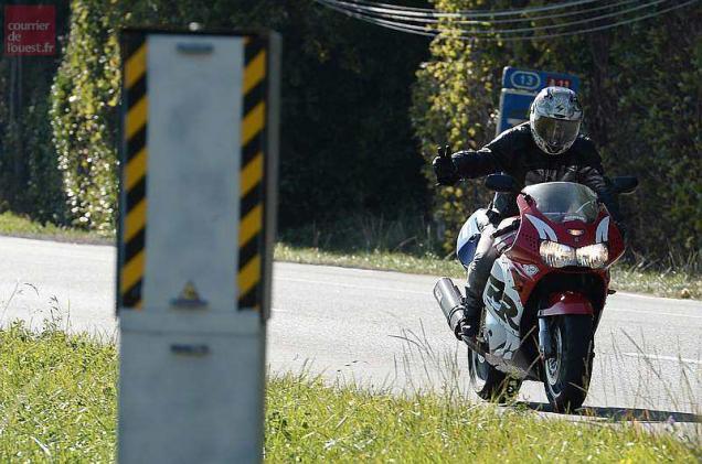 Angers. Le motard ne jouera plus à se faire flasher par les radars !