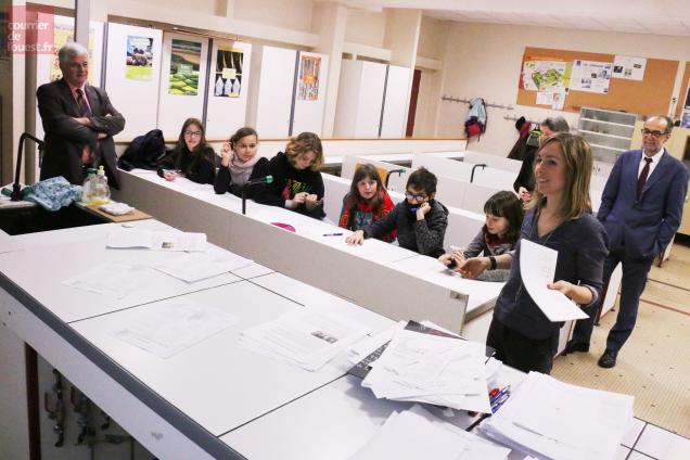 Saumur, collège Yolande d'Anjou, lundi 19 décembre 2016.