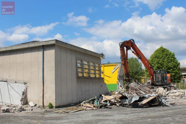 La démolition de l'ancien gymnase est désormais terminée.