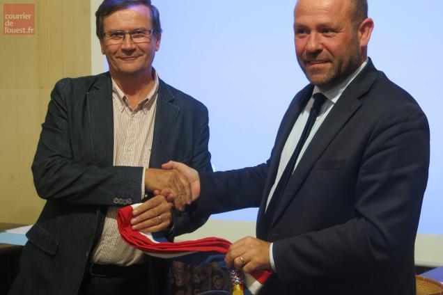 Gilles Pétraud succède à Philippe Mouiller