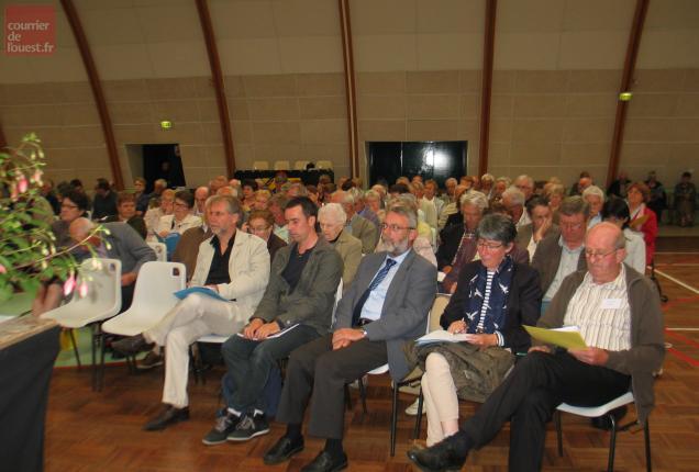 En présence de personnalités départementales du monde agricole.
