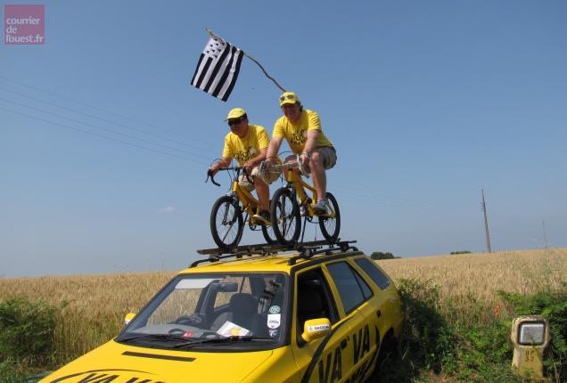 Tim et Simon ont fait honneur au drapeau de supporters bretons.