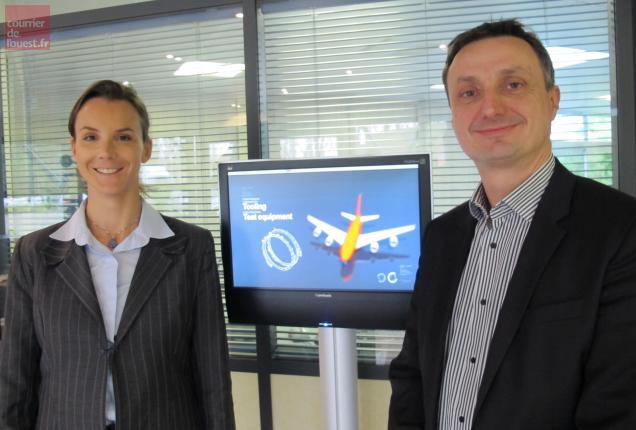 Anne-Charlotte Fredenucci, présidente du groupe Deroure, et Christophe Brossard, directeur général d'Anjou Electronique.