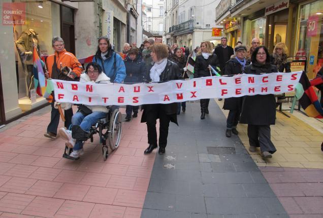 La marche a réuni une centaine de personnes
