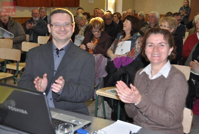 Les deux salariés à temps plein Nicolas Vallet Et Léonie Devouge