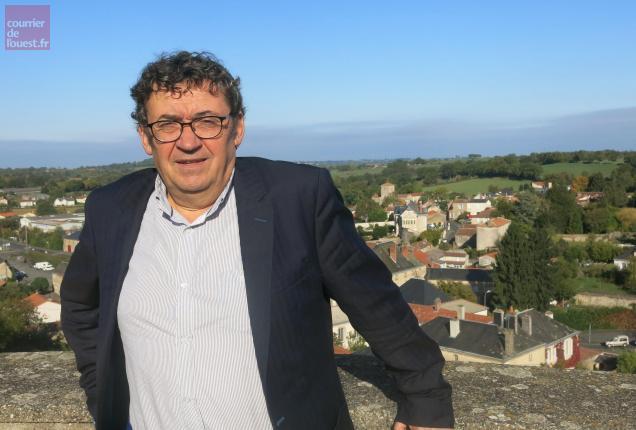 Le maire Pierre-Yves Marolleau satisfait des retombées économiques.