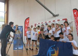 Bressuire. Le flashmob des lycéens pour voir le Mondial de handball