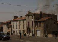 Bressuire. Un violent incendie en plein centre-ville